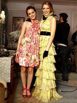Blair Serena Bff S Girls Of Gossip Girl 7684056 300 400 M Davis Xoxo