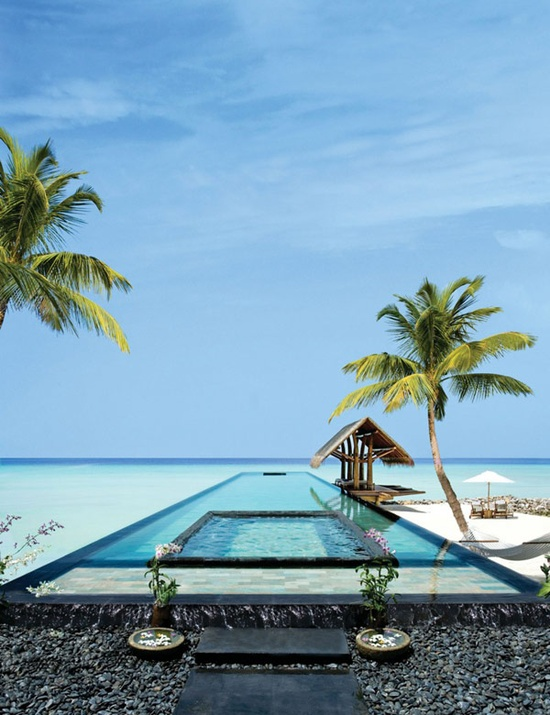 breathtaking-villa-retreat-in-maldives