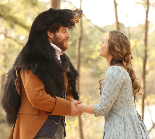 MAKING HISTORY: L-R: Adam Pally and Leighton Meester in MAKING HISTORY premiering midseason on FOX. ©2016 Fox Broadcasting Co. Cr: Qantrell Colbert/FOX